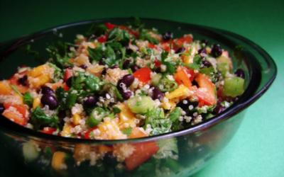 Quinoa Salad with Kale, Broccoli & Capsicum