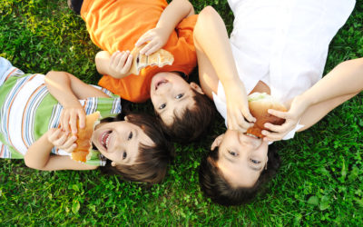 Learn how to manage your child's food allergies with these simple tips